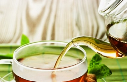 Čaj treba piti bez mlijeka