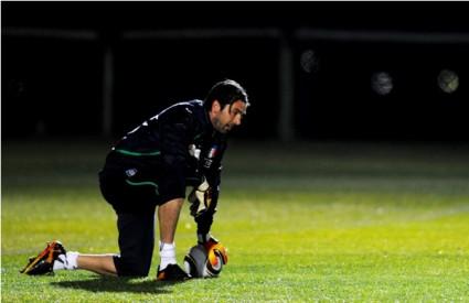 buffon gianluigi italija nogomet golman