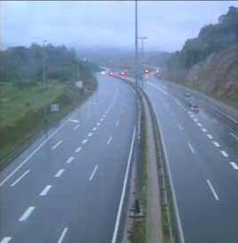 Kiša i vjetar ometaju promet u većem dijelu zemlje