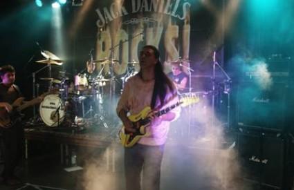 Deep Purple Kaitner Z Doka Group