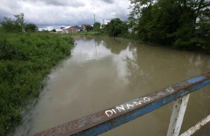 poplava Baranja Crveni križ