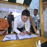 Milanović potpisao zahtjev za referendum