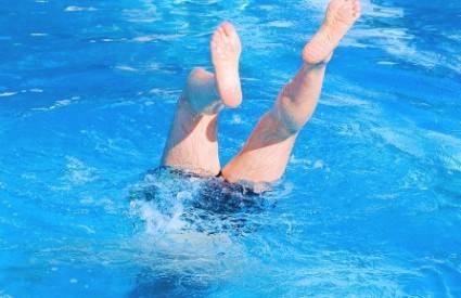 Šta će Muji tri bazena?