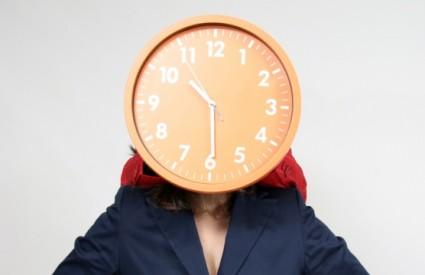 Kako je Mujo pomaknuo sat