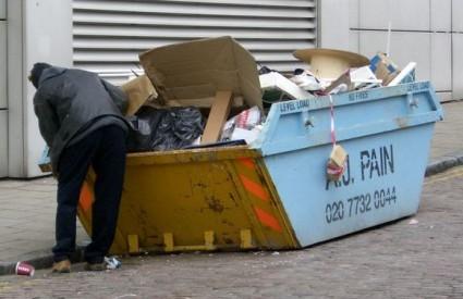 Zagreb je zatrpan smećem