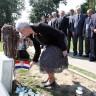 Vukovar: Kosor položila vijenac na Memorijalnom groblju