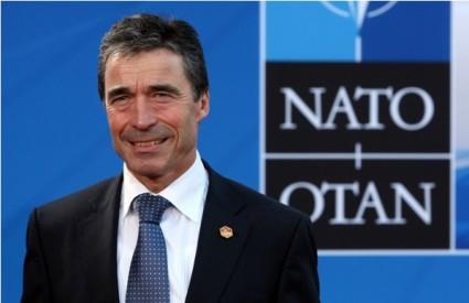 NATO i dalje samo gleda