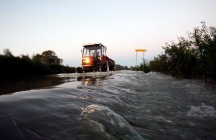 Zbog poplava na velikogoričkom području evakuirano 215 ljudi