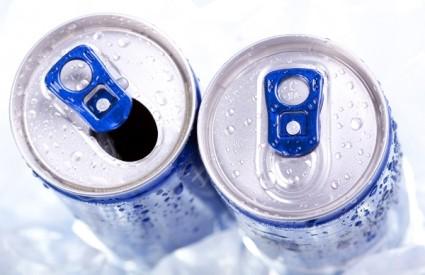 Energetska pića trebalo bi izbaciti iz škola