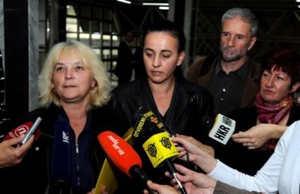 Radnice Kamenskog obustavile štrajk glađu, obećana im pomoć