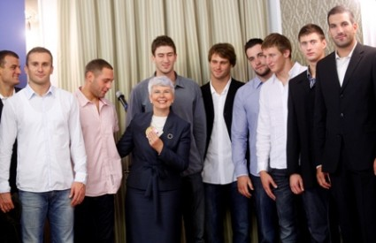 Jadranka Kosor i vaterpolisti