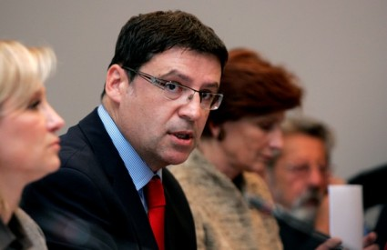 Ministar Jovanović predstavio zdravstveni odgoj