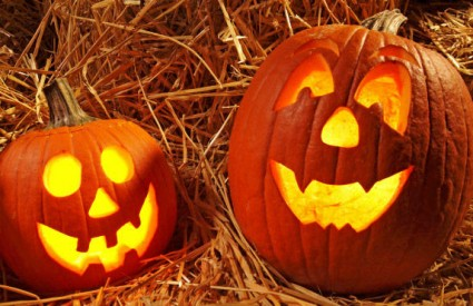 Kako izrezbariti bundevu za Halloween