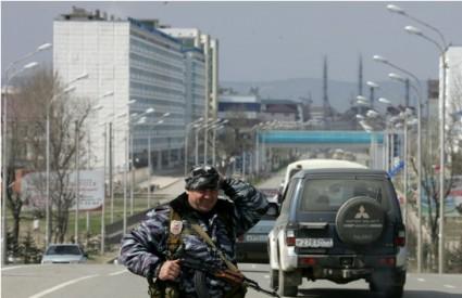 Čečenski teroristi zauzeli parlament u Groznom, ima i poginulih