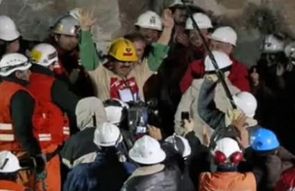 Duhovni vođa rudara prvi posjetio mjesto nesreće