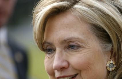 Hillary Clinton su ispadali bomboni iz usta