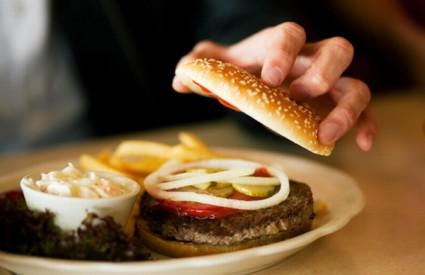 Nitko ne zna kakvo je meso zapravo u hamburgeru