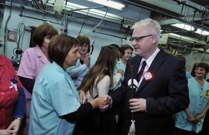 Ivo Josipović posjetio radnice Kamenskog