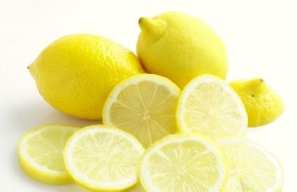 Miris limuna potiče mršavljenje?