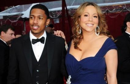 Sretni roditelji Mariah Carey i Nick Cannon