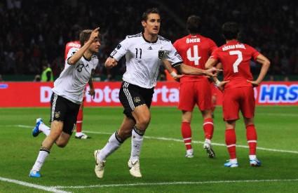 Njemačka je dominirala protiv Turske