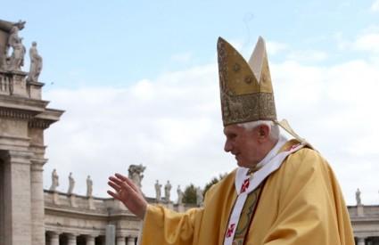 Papa je reagirao nakon novih napada na kršćane u Iraku
