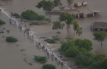 Kina: Zbog poplava evakuirano više od 440.000 ljudi