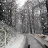 Zima nam je pokucala na vrata, u Lici pada gusti snijeg