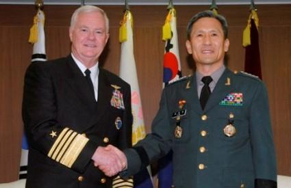 Admiral Timothy Keating i Kim Kwan-Jin
