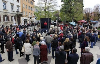 Građani podržali novinare
