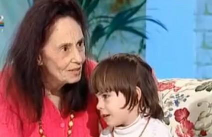 Adriana Iliescu s prvim djetetom