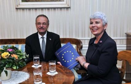 Jadranka Kosor sa šefom Delegacije EU u RH Paulom Vandorenom
