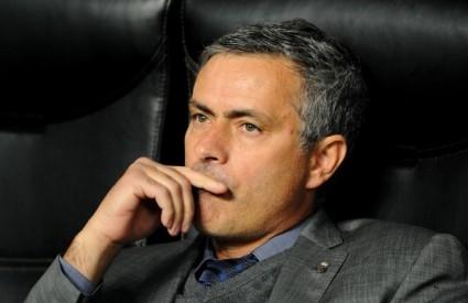 Uefa je kaznila Mourinha sa dvije utakmice suspenzije