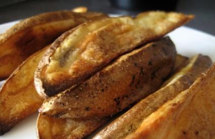 Domaći pečeni krumpir ... mljac!