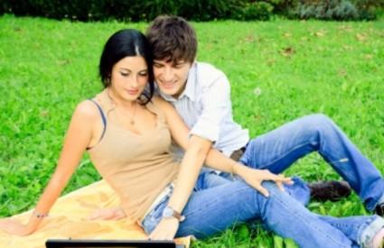 Mladi bračni parovi bez djece su najzadovoljniji