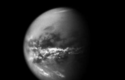 Sjajna fotografija Titana