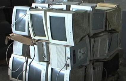 Branko od otpada radi i funkcionirajuće kompjutere