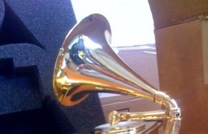 Podjeljen je 81 Grammy