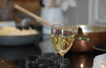 Koristite li vino dok kuhate?