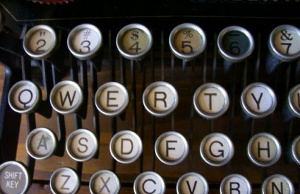 QWERTY tipkovnica