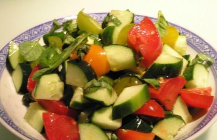 Zdrav i osvježavajući ljetni obrok - salata