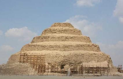 Zoserova piramida uspješno će se popraviti