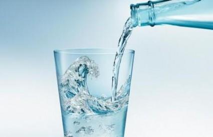 Vodu treba piti, ali kako?