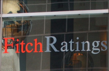Fitch Ratings nas je lagano pohvalio