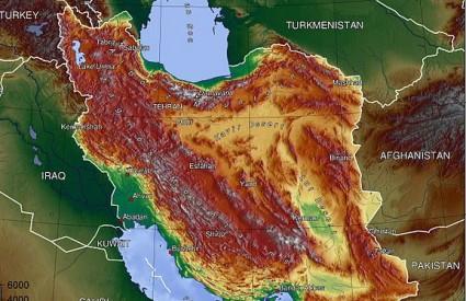 Iranci zveckaju oružjem