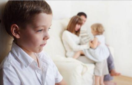 Dobro pazite što radite s djecom
