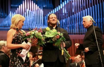 Maestro Hager s Lidijom Horvat Dunjko i Matijom Meićem