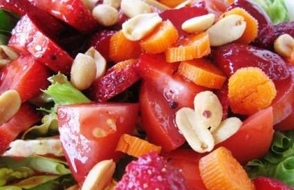 Najčešće alergije izazivaju kikiriki, jagode, rajčica...
