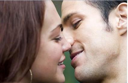Kakav je savršen poljubac