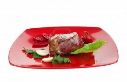 Slična boja na tanjuru - veći apetit